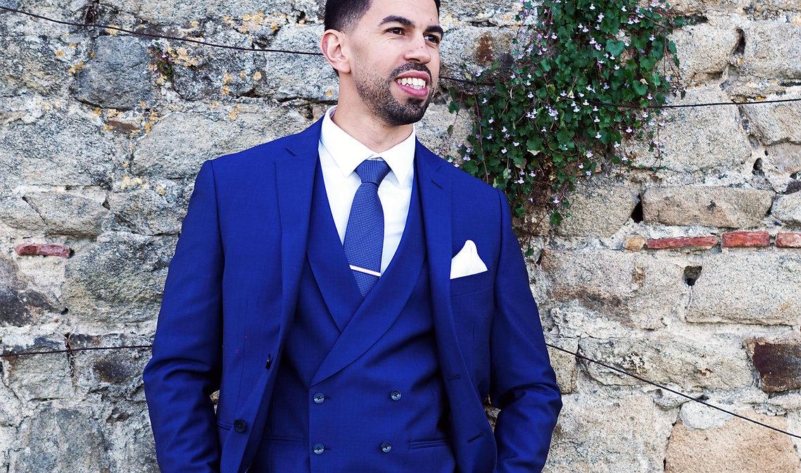 costume classique cravate
