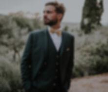 costume vert mariage.