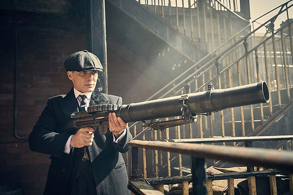 look retro Peaky Blinders