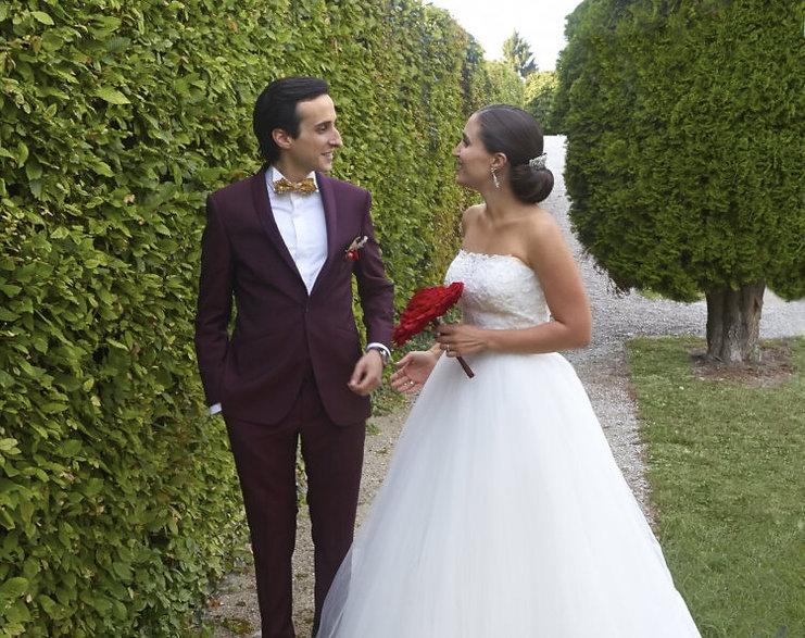 costume de mariage bordeaux tendance