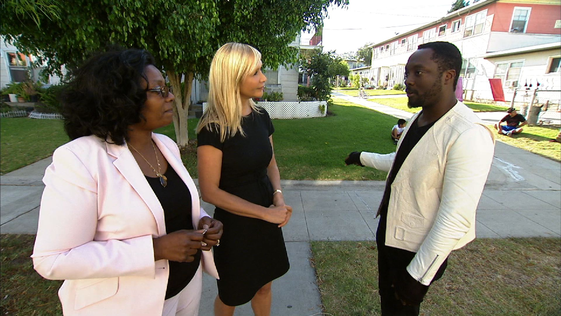 Debra Cain, will.i.am, CNBC's Tania Bryer at Estrada Courts