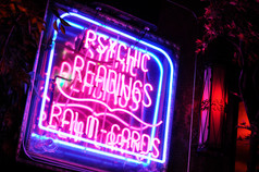 elbo-room-psychic-neon-close-web-0702.jpg