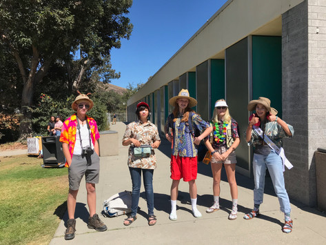 tacky tourist day