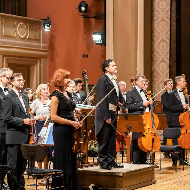 "DE1 ""With Music into a Dream"". Prague Philharmonia (PKF). Rudolfinum (Prague), 2019. Photo: Milan Mošna (1)"