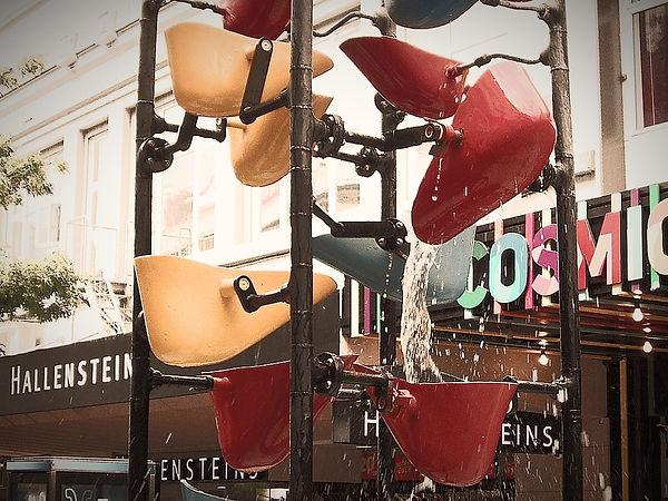 The_Bucket_Fountain_edited.jpg