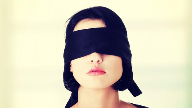 Cego é o olhar que não percebe
