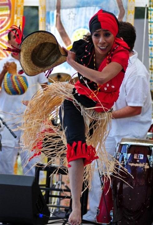 Kati - Eleggua III.jpg Esalen performanc