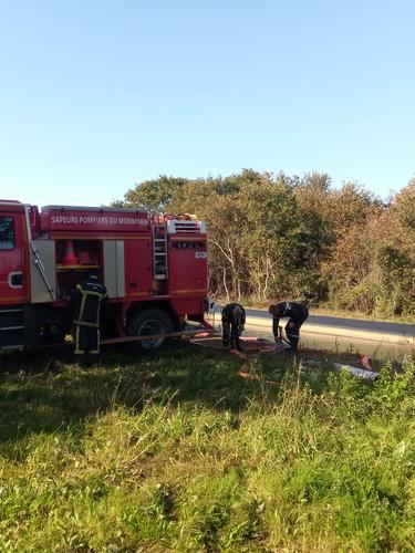 test de l'équipement de lutte anti-incendit des sapeurs pompiers de Pénestin