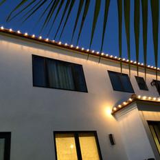 Warm White Roofline