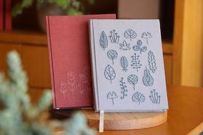 cadernos bordados.jpg