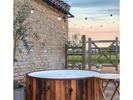lay-z-spa-helsinki-hot-tub-hire-2.jpg