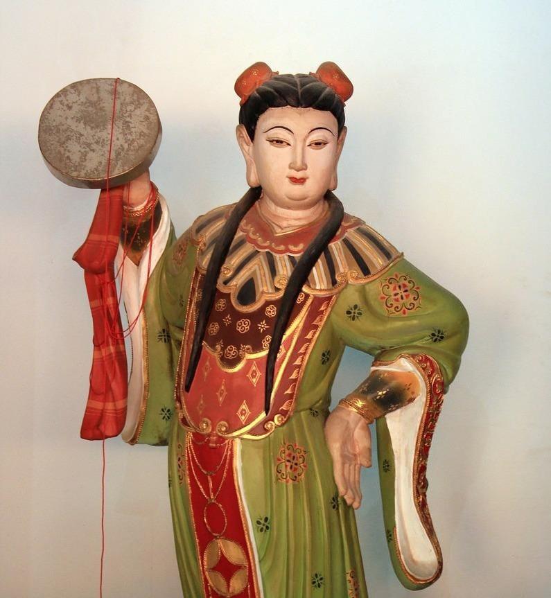שיר בן ראובן רפואה סינית וגניקולוגיה