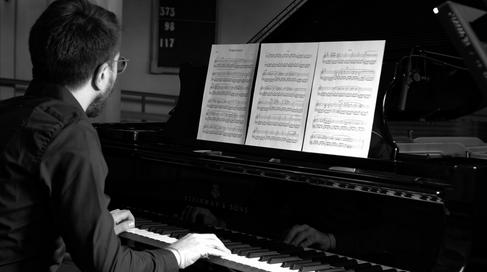 Giuseppe di Pinto - Pianist