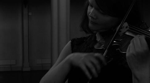 Gro Austgulen - violinist on Melancholia