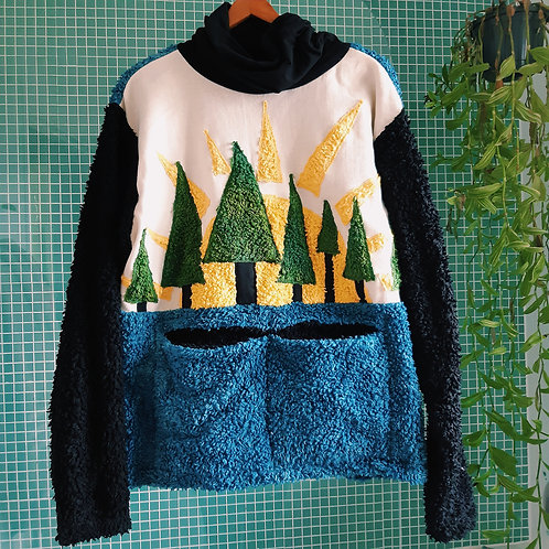 sun behind the trees fluffy organic jumper XL