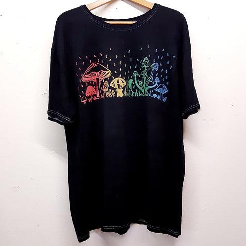 rainbow mushrooms pure hemp tee XL
