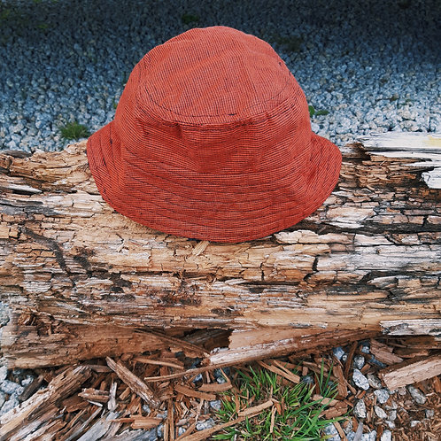 red dogtooth fluffy/linen bucket hat