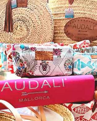 Audali Mallorca Taschen und Koerbe