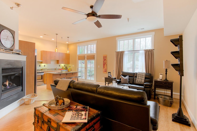CONTEMPORARY 2BR 2BA AT THE RESERVE IN CHURCH HILL