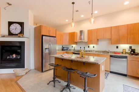 9 N 25th St Unit 4 Richmond VA-large-025-18-Kitchen-1500x1000-72dpi.jpg