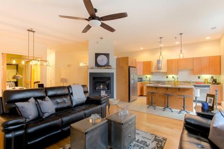 9 N 25th St Unit 4 Richmond VA-large-023-28-Living Room-1500x1000-72dpi.jpg