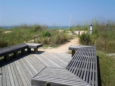 east_beach_walk_to_beach.jpg