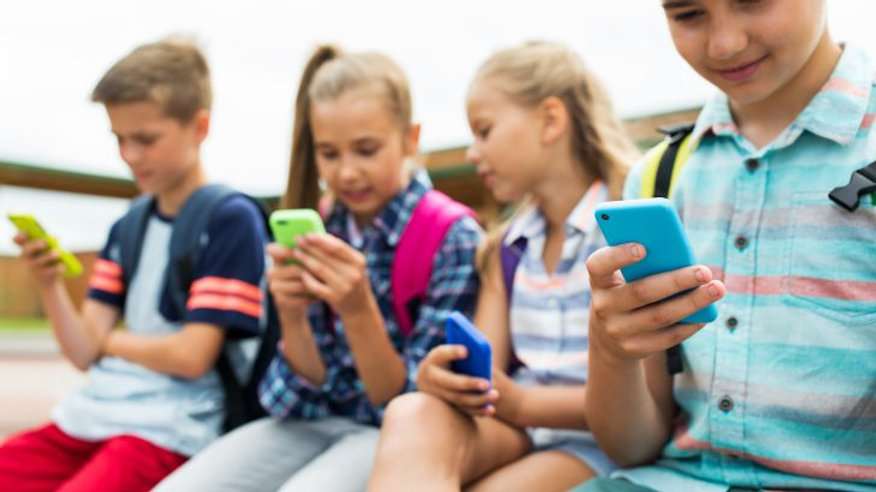 Kids-want-the-newest-phones-and-parents-