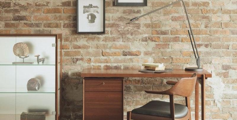 Wing Lux Desk-實木書桌