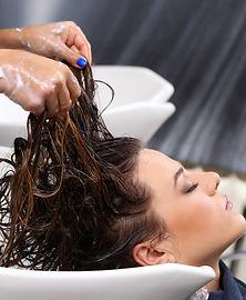 woman-on-hairdresser-salon.jpg