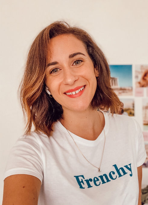 Olivia infographiste, webmaster et community manager