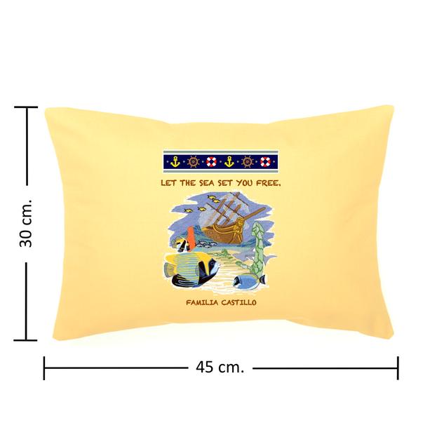 Medidas del Cojin 30 cm. X 45 cm.