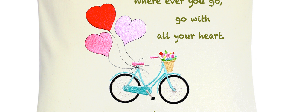 """Cojín Personalizado Modelo """"Bicycle with Heart Balloons"""""""