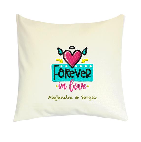 """Cojín Personalizado Modelo """"Forever in Love"""""""