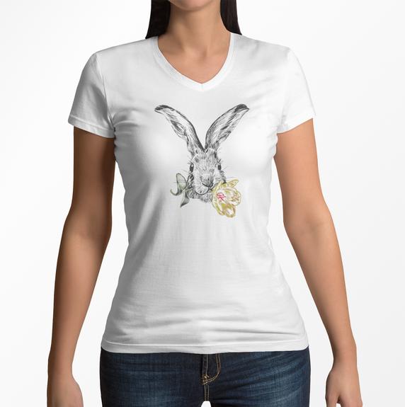Copia de v-neck-t-shirt-mockup-featuring