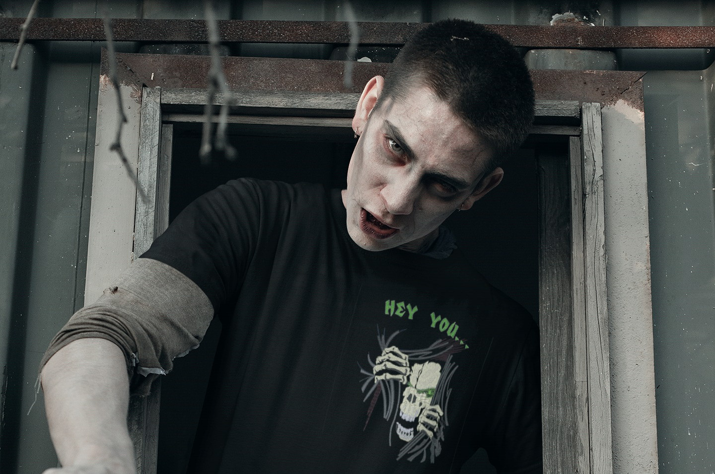 t-shirt-mockup-of-a-zombie-coming-out-fr