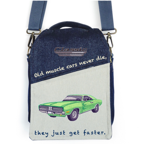 """CANVAS MESSENGER BAG """"Old Muscle Cars"""""""