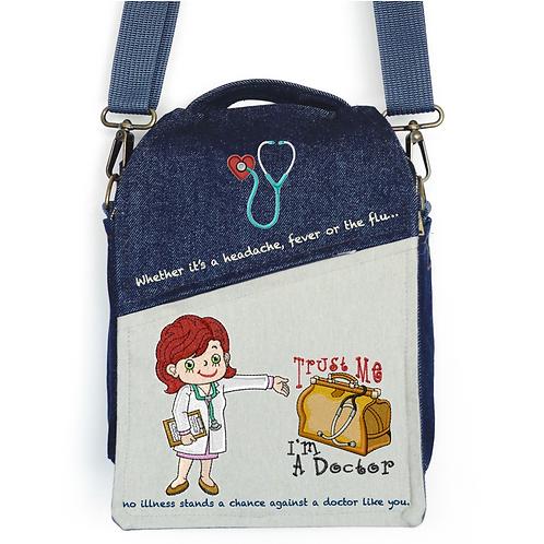CANVAS MESSENGER BAG Doctora