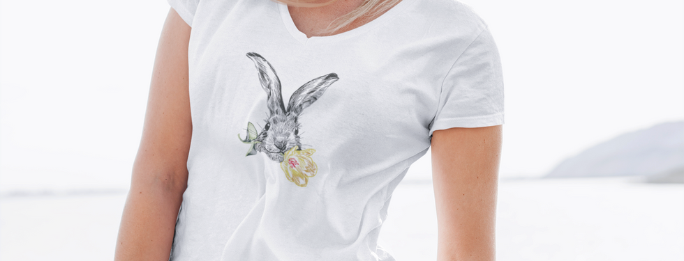 t-shirt-mockup-featuring-a-woman-at-a-wi