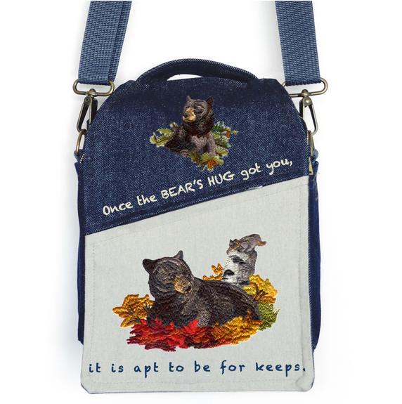 """CANVAS MESSENGER BAG """"The Bear's Hug"""""""