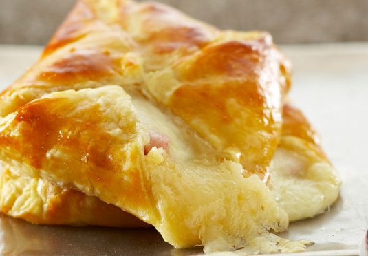 minis-feuilletes-jambon-fromage.jpeg