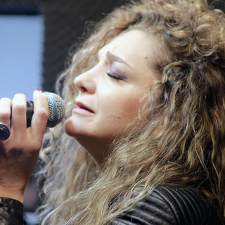 soprana NELY NICULAE - invitată în emisiunea Cafeneaua DeMentă
