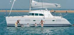 catamaran-lagoon-380_ext_1-e145245676286