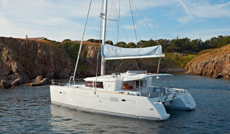 catamaran_yacht_charter_croatia_sibenik_