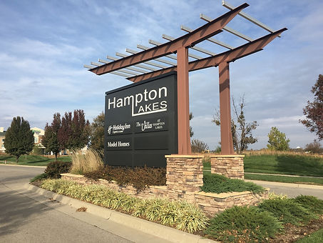 Hampton Lakes Sign.jpg