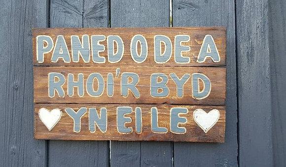 "Welsh ""Paned o De........"" sign"