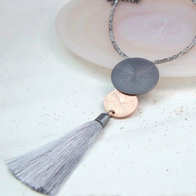 POM Double disc metallic necklace with long grey tassel
