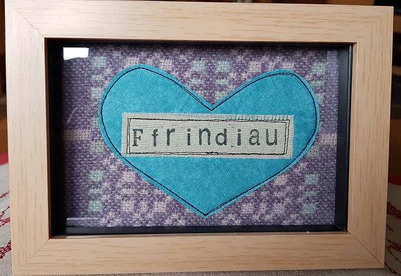 Chwaethus - Melin Tregwynt frame Ffrindiau (Friends) Lilac/Blue
