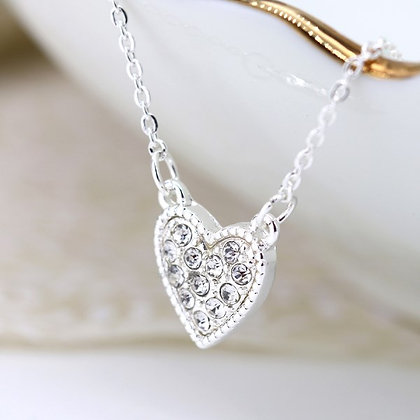 Silver plated necklace with crystal inset heart 03221