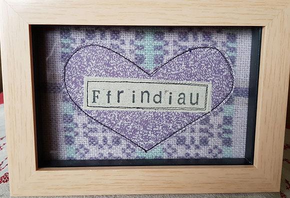 Chwaethus - Melin Tregwynt frame Ffrindiau (Friends) Lilac