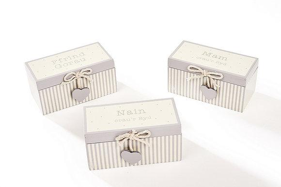 Welsh Trinket Box - Mam, Nain, Ffrind